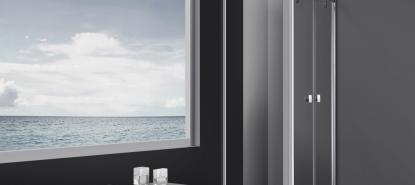 Mampara de ducha ideal para platos cuadrados de apertura abatible