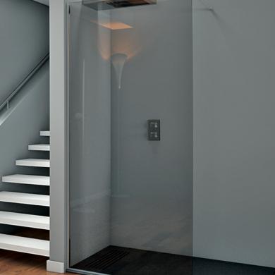 Mampara de ducha fija de vidrio transparente y acceso abierto