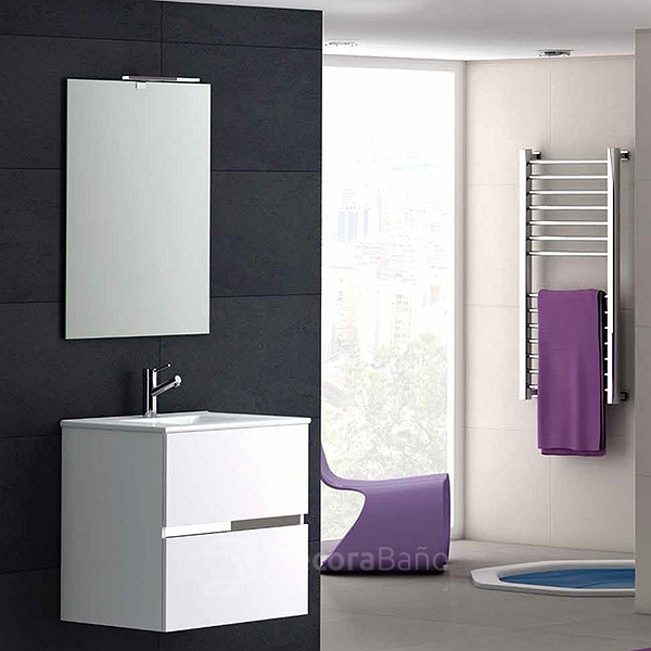 Mueble de baño Ikaro suspendido y espejo Cloud de Coycama. Color blanco brillo